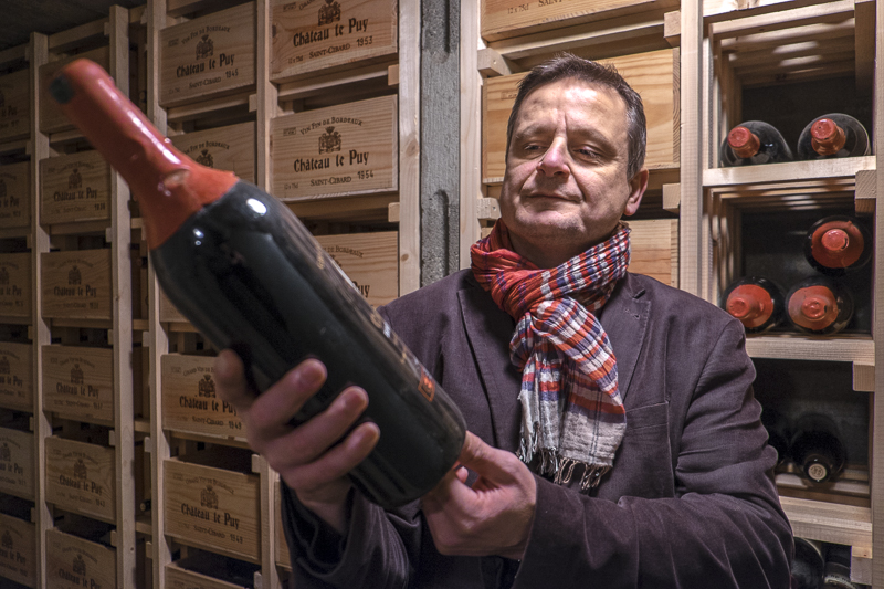 gueules de vignerons, portrait de vignerons, winemaker, Jean-Yves bardin photographe Gueules de vignerons, photographies de vignerons, Jean-Yves bardin, biodynamie, Pascal Amoreau, Château le Puy, vin bio, vin Bordeaux