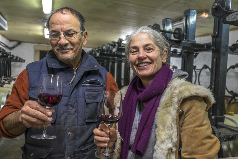 gueules de vignerons, portrait de vignerons, winemaker, Jean-Yves bardin photographe Gueules de vignerons, photographies de vignerons, biodynamie, Claire Laval et Dominique Técher, Château Gombaude Guillot, Pomerol, vin bio, vin bio Bordeaux,