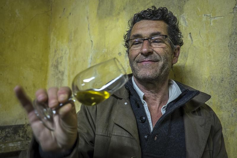 gueules de vignerons, portrait de vignerons, winemaker, Jean-Yves bardin photographe Gueules de vignerons, photographies de vignerons, Vincent Quirac, Clos 19 bis, Sauternes, Bordeaux