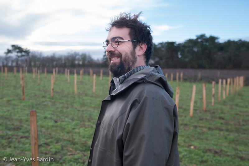 Julien Pineau, gueules de vignerons, vignerons de Loire, vigneron biodynamie, organic wine, winemaker, Jean-Yves Bardin photographe Gueules de vignerons, portraits de vignerons, Vignerons de Loire, Touraine, Pouillé, Sauvignon, Côt, Coup d