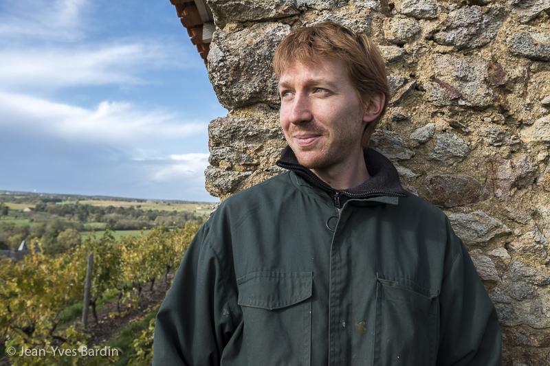 Pierre Ménard, gueules de vignerons, vigneron bio, winegrower - portrait, vin bio, gueules de vignerons, vignerons d'Anjou, Jean-Yves Bardin photographie